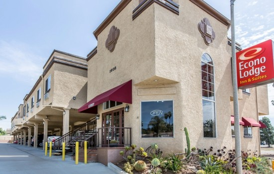 Econo Lodge Inn & Suites Fallbrook Downtown - Welcome to Econo Lodge Inn & Suites Fallbrook Downtown