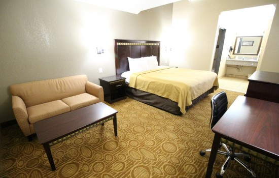 Econo Lodge Inn & Suites Fallbrook Downtown - King Room